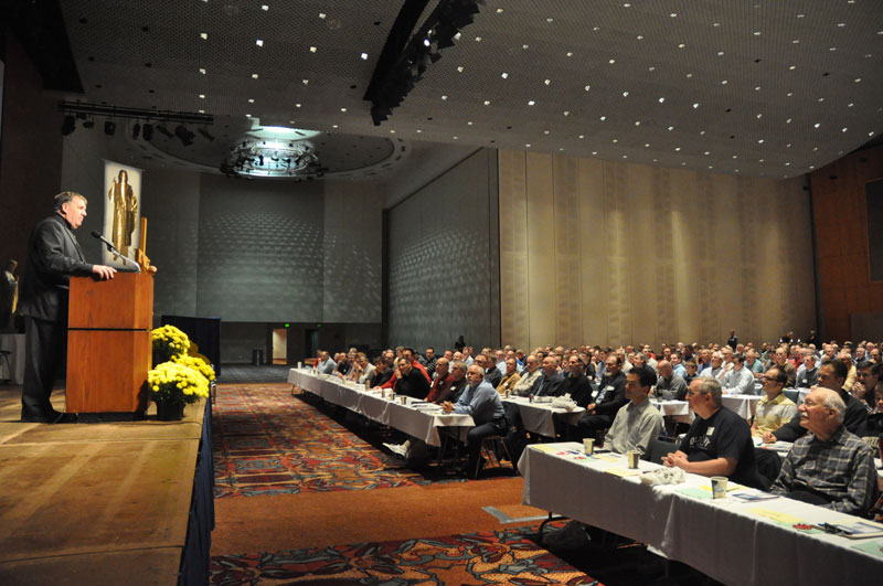 Men's conference participants called to evangelize ...