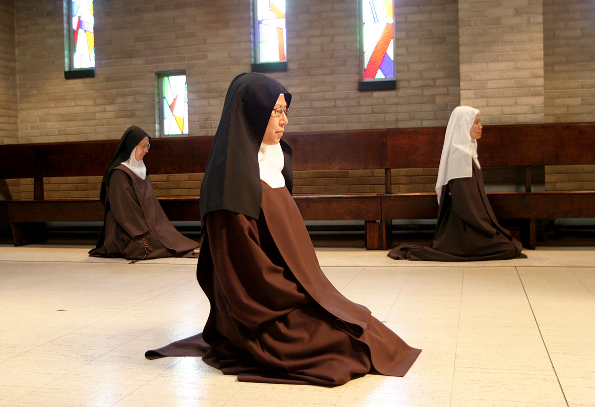 Carmelite nun experiences trials on pathway to consecrated ...